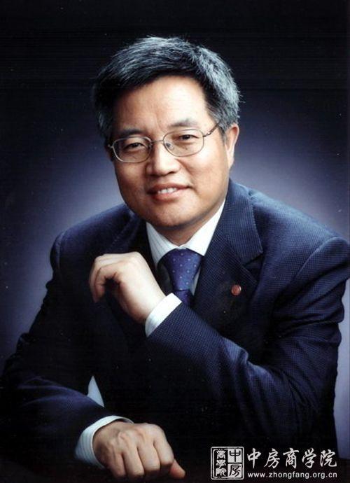 张维迎,大学光华管理学院院长
