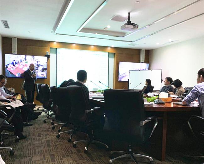 摘要:2019年3月27日,中房商学院受北京某地产集团的邀请,深入企业,进行了为期一天的《房地产项目批量精装设计优化与标准化设计管控》主题交流培训。